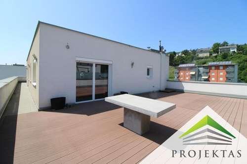 Residieren in der Oberklasse! Möbliertes Penthouse mit 139 m² Dachterrasse in Steyregg!