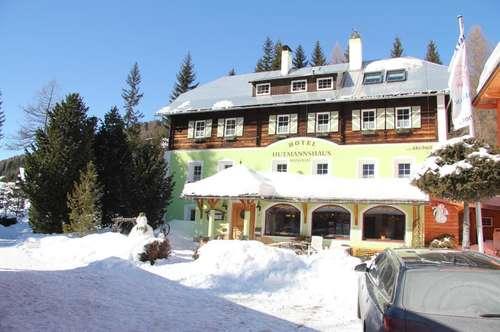 Top saniertes Familienhotel direkt am Schilift - Nockberge / Kärnten