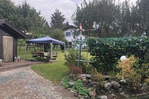 Seeboden Nähe: TOP Baugrund mit Gartenhaus!