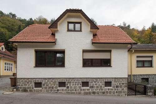 + Liebevolles Haus, in sehr gutem Zustand, in der traumhaften Gemeinde Wiesen zu verkaufen! +