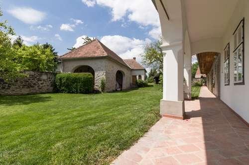 +EINZIGARTIG!+ Liebevoll sanierter Gutshof mit bezauberndem Grundstück und einmaligen Nebengebäuden zu verkaufen!+