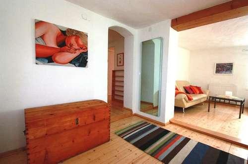 Salzburg, Altstadtwohnung Linzergasse, sonnige Maisonette, 4 - 5 Zimmer zum Arbeiten und Wohnen mit besonderem Ambiente und Garten