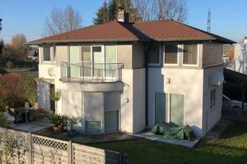 Modernes Einfamilienhaus mit Garten im Stadtteil Liefering