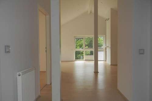 Top Maisonette Wohnung! Modernes Wohnen mit Dachterrasse!
