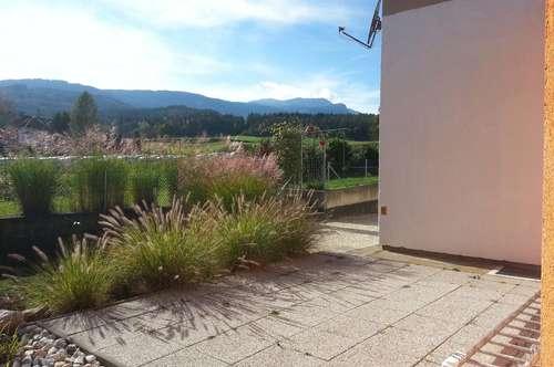 Schöne Gartenwohnung mit Terrasse!