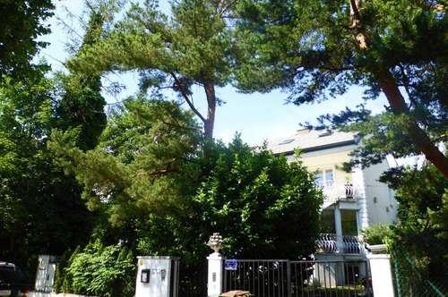 Großzügiges Haus mit Einliegerwohnung