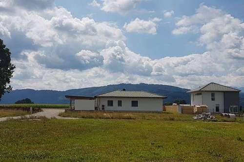 Ruhig gelegene Doppelhäuser in LENZING mit Gebirgsblick