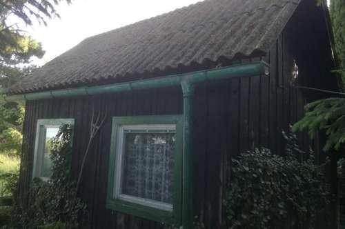Blockhaus mit Weingarten/200408