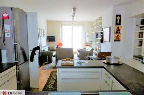 Neuwertige Balkonwohnung mit 3-4 Zimmern