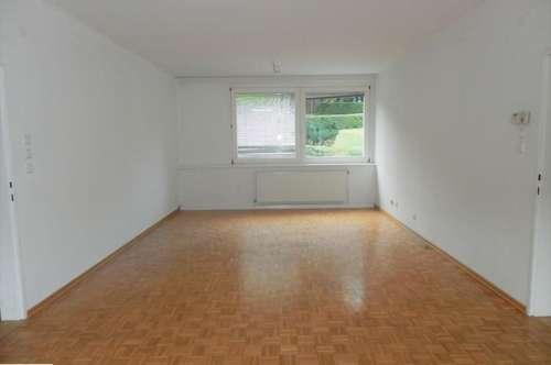 Geräumige Loggia-Wohnung in Zentrumsnähe