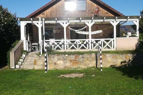 Familienhit! Hübsches Einfamilienhaus in Grünruhelage Nähe Grossenzersdorf