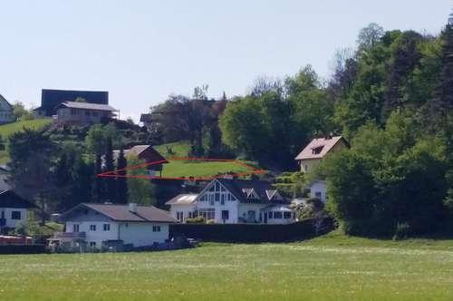 Sonniger Baugrund in Rosegg.
