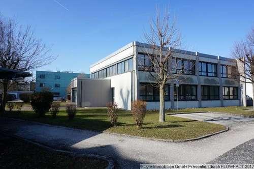 Bürgebäude nach Generalsanierung als Erstebzug zu vermieten
