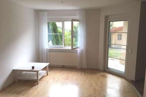 Sonnige 3- Zimmer Gartenwohnung mit Tiefgaragenstellplatz in Brunn am Gebirge
