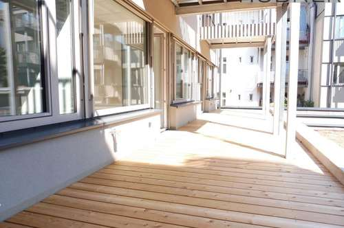 Anlegerhit! Perfekt geschnittene 2 Zimmer- Wohnung mit 22m2 Sonnenterrasse