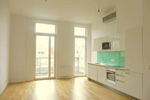 Neubaugasse! Top-moderne DG-Wohnung mit 11m² Terrasse