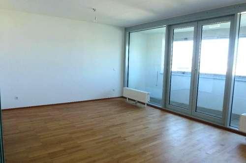 3-Zimmer-DG-Wohnung im Architektenhaus!!! 7m² große Loggia mit Weitblick