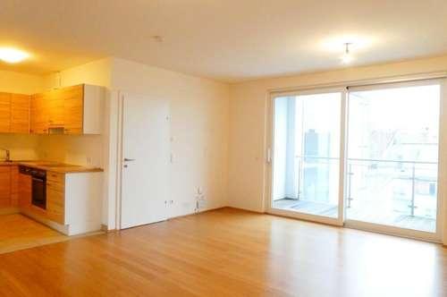 U4-Nähe! Top-moderne, helle DG-Wohnung mit Klimaanlage und 6m² Loggia