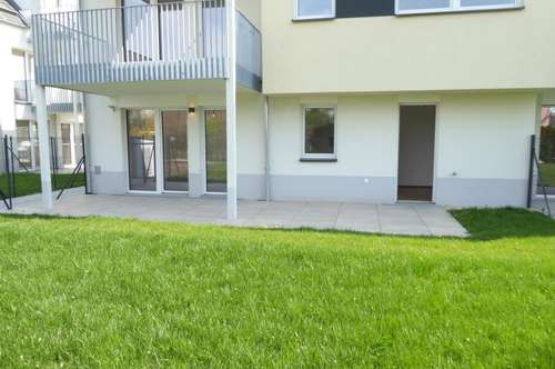 PROVISIONSFREI/Hochwertige 4 Zimmerwohnung mit großem Garten PLUS Terrasse! Erstbezug!