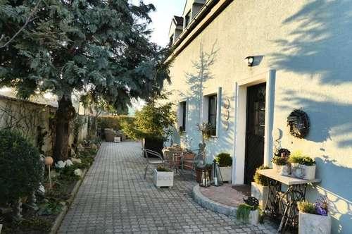 NEUFELD! Ziegelmassivhaus mit Traumgarten und Schwimmteich