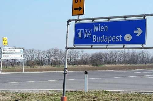Gewerbebaugründe bei Autobahnabfahrt Nickelsdorf