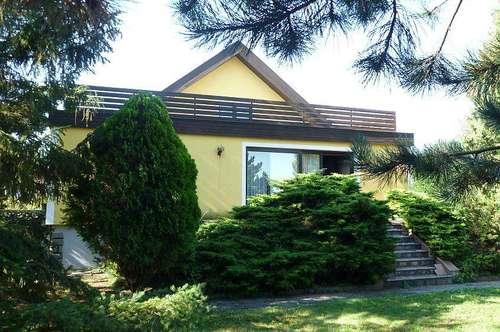 Einfamilienhaus mit idyllischem Garten