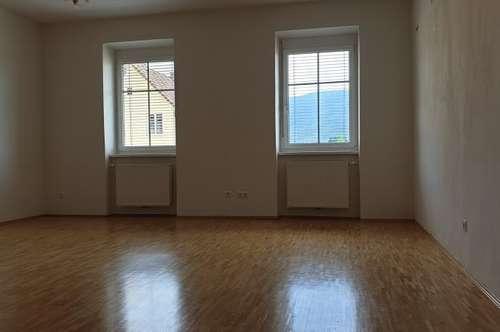 Provisionsfrei mieten! Werkstraße / Schöne sanierte Kleinwohnung zu vermieten!