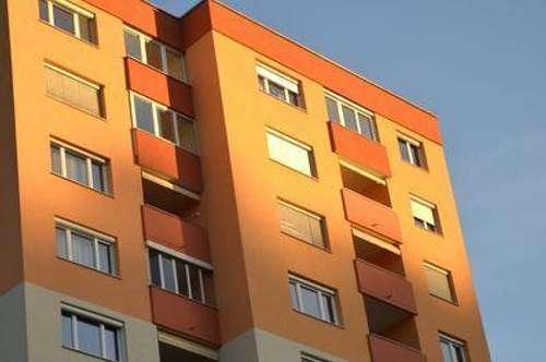 Nähe LKH bzw. MedUni-Campus - Sonnige, optimal geschnittene 3-Zimmer-Wohnung mit Loggia und schöner Weitsicht.
