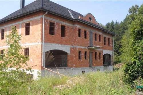 Großzügiges Landhaus im Rohbau