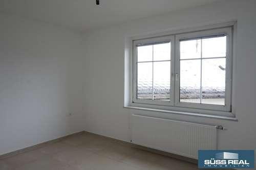 NEU RENOVIERTE 44 m2 MIETWOHNUNG IM ZENTRUM VON BAD HALL!