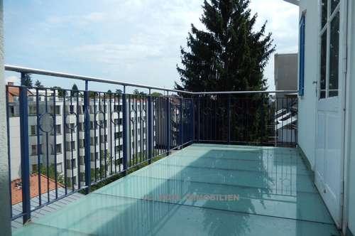 Heinrichstraße - Repräsentatives Büro im Altbau mit Balkon (5166)