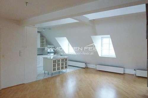 3-Zimmer-Dachgeschoßwohnung mit Galerie in Zentrumslage!