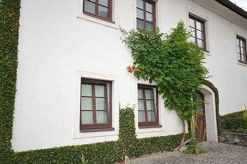 Alte Baukultur! Wohnhaus aus dem 18. Jhd. mit reizendem Garten