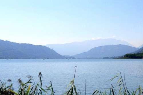 Ostbucht am Ossiacher See! ETW mit Seezugang in ufernaher Lage