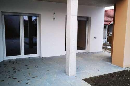 ERSTBEZUG!  2-Zimmer-Neubauwohnung mit ca. 63m² großem Eigengarten/ Süd-Ausrichtung/ Straßgang