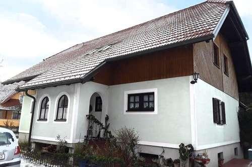 Sensation in Gratkorn! Schönes Haus samt ca. 8000m² Grund zu verkaufen!
