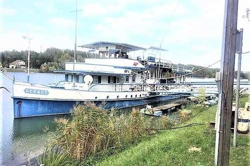 SCHIFF - Schiffsrestaurant an der Donaulände in Greifenstein zu kaufen