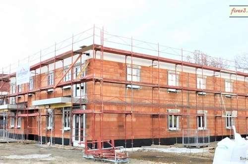 Ab Mai 2020 ! - Dachgeschoß-Wohnung mit Balkon in Michelhausen zu mieten