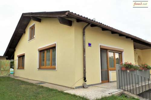 GERÄUMIG & GEPFLEGT - Einfamilienhaus mit Keller, Garage und großem Garten in Herzogenburg zu kaufen