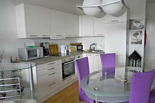 2-Zimmer-Wohnung mit großer Loggia - ab Sept. beziehbar