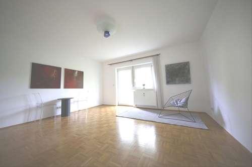 Garconniere mit extra Küche, Balkon und Carportparkplatz in 8044 Mariatrost