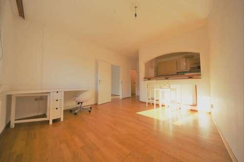 Sonnige 2 Zimmerwohnung im Bezirk Lend mit Flair, sehr ruhig