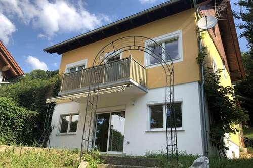 Sehr geräumiges Wohnhaus mit toller Aussicht am Kehlberg