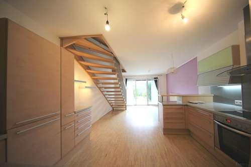 Wunderschöne 3 Zimmer plus Wohnküche Maisonette mit Eigengarten. Mitten in St. Leonhard neben der KUG. Tiefgaragenplatz inklusive!