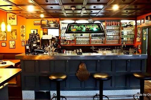 Preissenkung: Vielseitig nutzbarer und erweiterbarer Bar- und Bistrobetrieb an der südsteirischen Weinstraße
