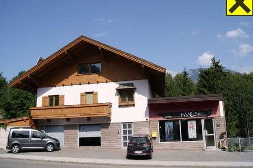 Wohnhaus mit separater Geschäftsfläche