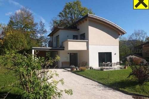 Neuwertiges Einfamilienhaus mit gehobener Ausstattung