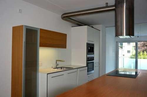 Elegante 4 Zi. Mietwohnung im Zentrum von Mondsee mit Balkon, Lift und Tiefgarage ! ! !