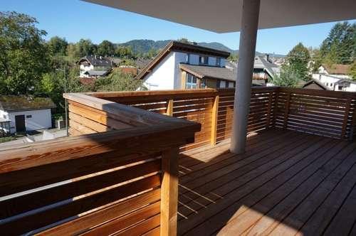 Wohnen im Zentrum von Mondsee - Trendige 2 Zi. Wohnung mit grossem Westbalkon - Lift - Kellerabteil - Stellplatz optional ! ! !