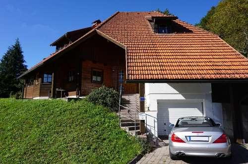 Chalet Flair in Holzbauweise im Salzkammergut Unterach am Attersee mit Zweitwohnsitzwidmung, 2 Bäder, Wellnessbereich, Weinkeller usw. ! ! !